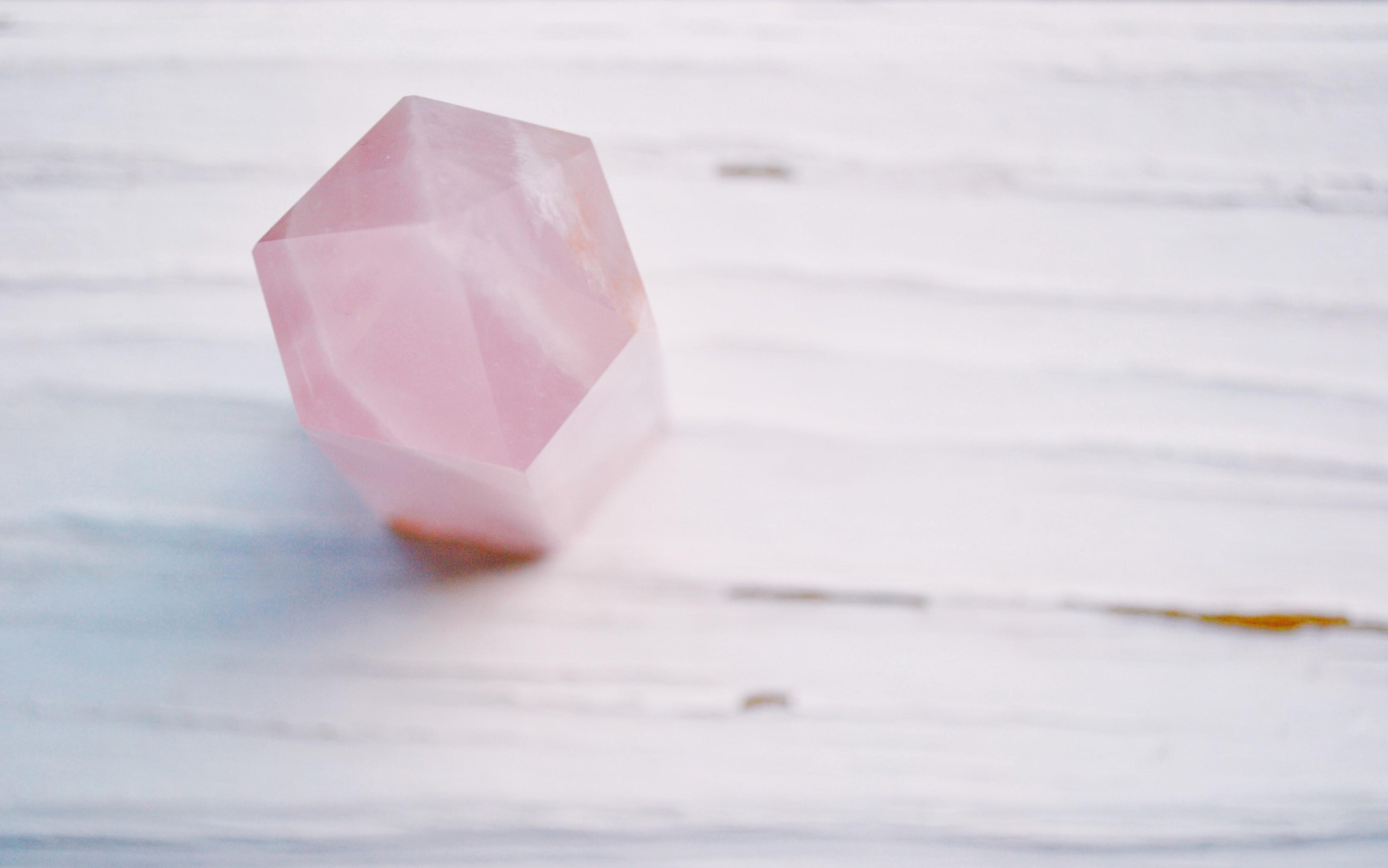 pink-gemstone-1573247